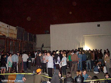 Crowd at the Escarpment 2009.