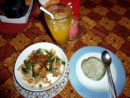 My veggie dinner at Bedhot in Yogyakarta, Java.