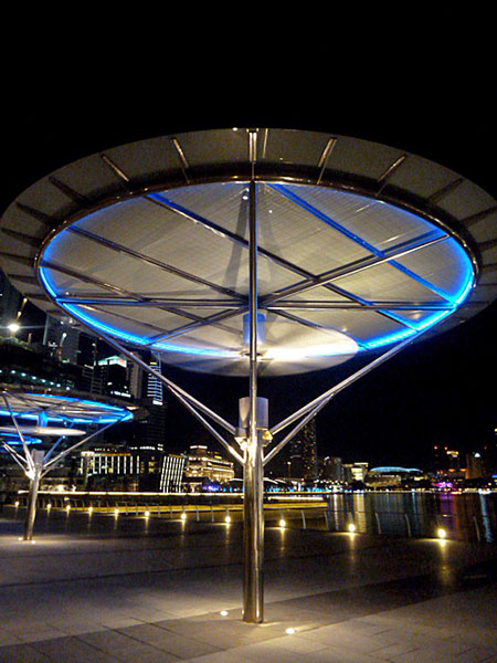 The starship Enterprise? Nope, it's a solar powered cool-off station on the walkway around Marina Bay, Singapore.