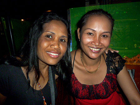 Noi and Pon from May Kaidee's vegetarian restaurant in Banglamphu, Bangkok, Thailand.