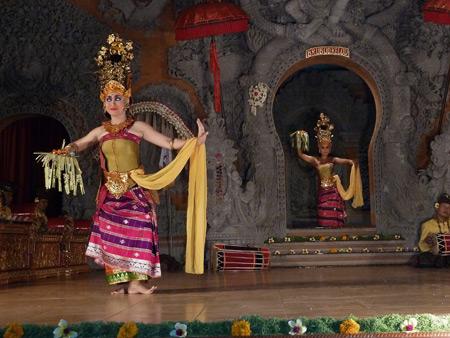 Gamelan Nritta Dewi performs the Dara Dewi dance at Bale Banjar Ubud Kelod in Ubud, Bali, Indonesia.