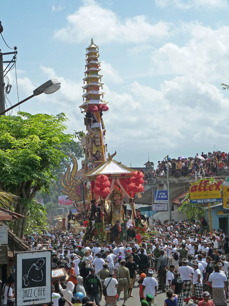 The dragon and tower finally arrive at the royal cremation ceremony in Ubud, Bali, Indonesia.
