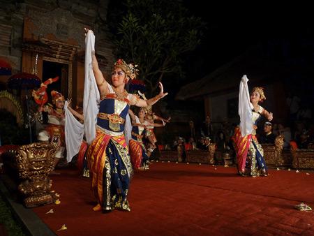 Sekehe Gong Panca Artha performs the Lencana Agung Ubud dance at Ubud Palace in Ubud, Bali, Indonesia.