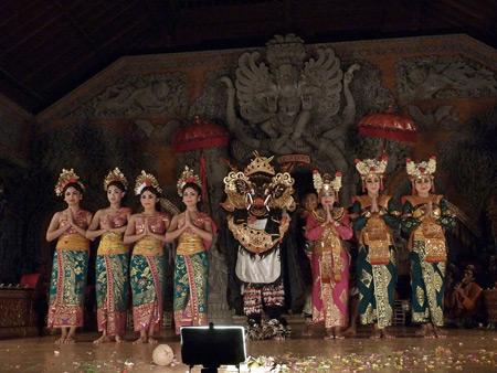 Sanggar Suwara Guni Kanti at Bale Banjar Ubud Kelod in Ubud, Bali, Indonesia.