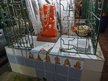 A Hindu shrine on Ripon Street in Kolkata, India.