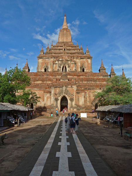 The gorgeous Sulamani Pahto temple gleams in the setting sun in Bagan, Myanmar.
