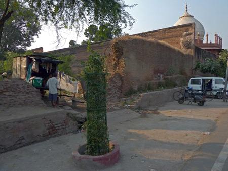 A snack shack near the Taj Mahal in Agra, India.