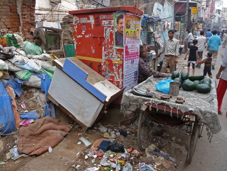 A squalid back lane in Paharganj, Delhi, India.