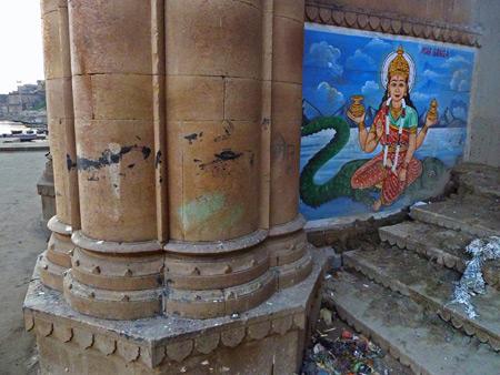 More Hindu art at Munshi Ghat in Varanasi, India.