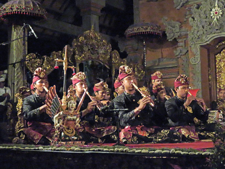 A gamelan plays at a Hindu temple ceremony at the bale banjar next door to Pura Desa in Ubud, Bali, Indonesia.