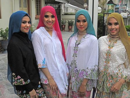 Four Muslim beauty queens in Bukittinggi, Sumatra, Indonesia.