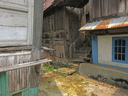 Gorgeous textures galore on traditional Minangkabau houses in Rao Rao near Bukittinggi, Sumatra, Indonesia.