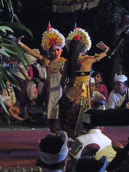A Sisya dance performance as part of the Calonarang drama at Pura Desa in Ubud, Bali, Indonesia.