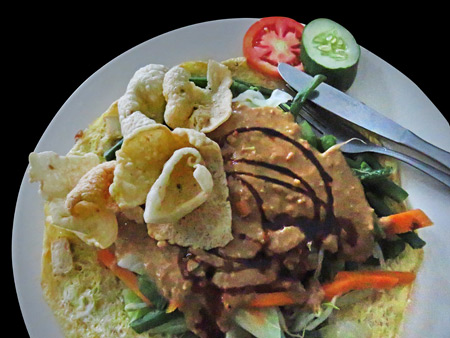 Gado gado at Pulu Sari Warung in Ubud, Bali, Indonesia.
