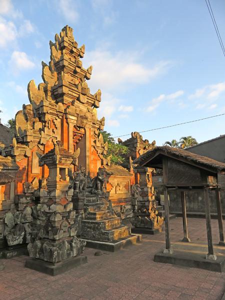 A Hindu temple gate on Jalon Raya Cokorda Gede Rai in Peliatan, Bali, Indonesia.