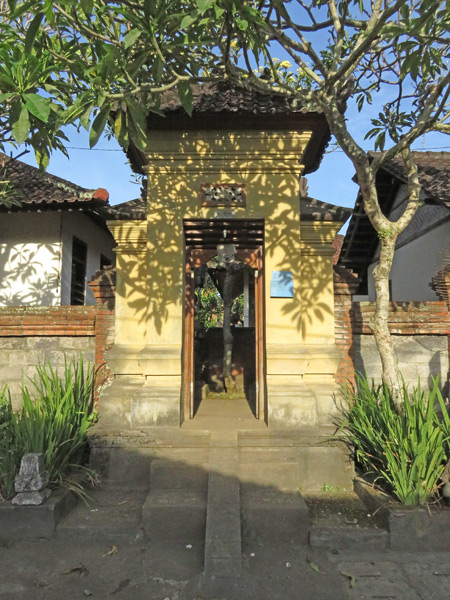 A family compound gate on Jalon Goutama in Ubud, Bali, Indonesia.