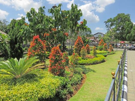 The beautiful gardens at Pura Taman Ayun near Mengwi, Bali, Indonesia.