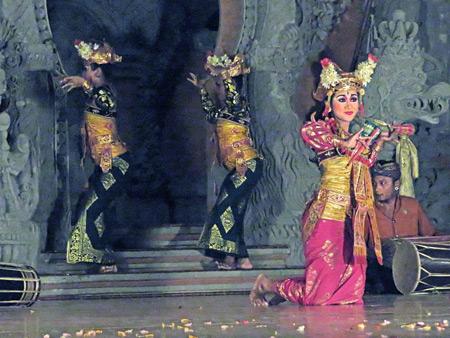 Sanggar Suwara Guna Kanti performs the Legong Lasem dance at Bale Banjar Ubud Kelod in Ubud, Bali, Indonesia.