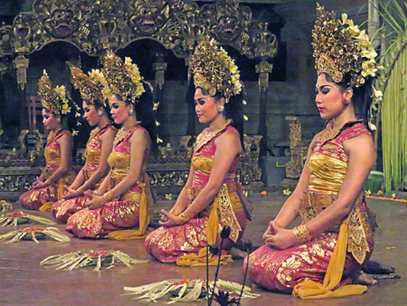 Tirta Sari performs the Puspa Mekar dance at the Balerung in Peliatan, Bali, Indonesia.