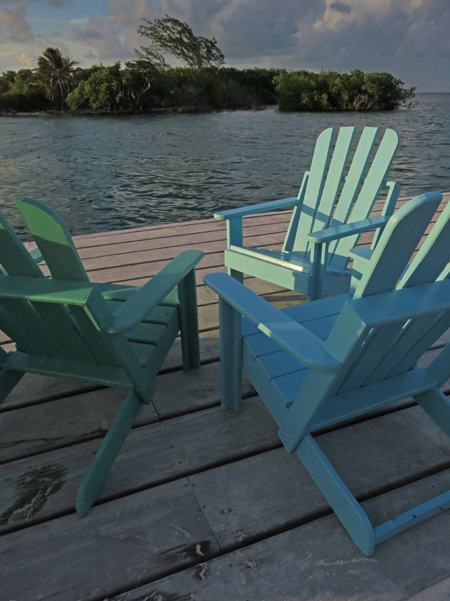 Come relax at the Split in Caye Caulker, Belize.