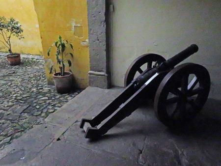 A cannon at Museo Santiago de los Caballeros in Antigua, Guatemala.
