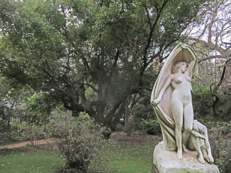 A statue at the Jardin Botanico in Palermo, Buenos Aires, Argentina.