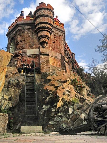 A castle-like tower at Cerro Santa Lucia in Santiago, Chile.
