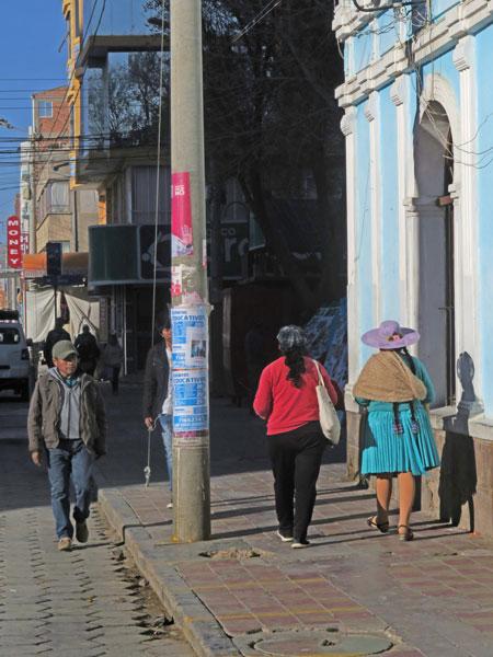 Pedestrians in Uyuni, Bolivia.