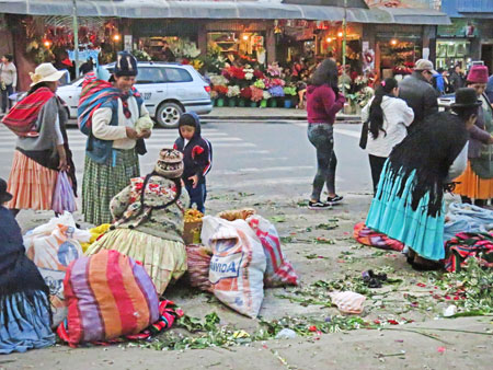 Street vendors just outside the Cementerio General in La Paz, Bolivia.