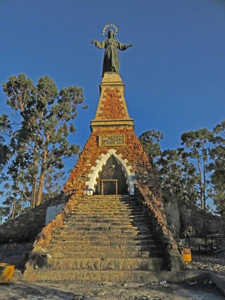 The Cristo del Sagrado Corazón on the summit of Cerro Churuquella in Sucre, Bolivia.